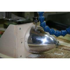 Baupraxis: Luftschraubenausschnitte mit der Portalfräse